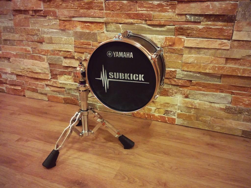 Micrófono subkick grabación baterías