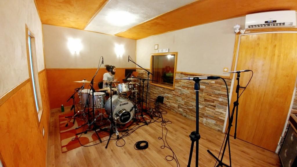 Graba baterías en Robin Groove estudio