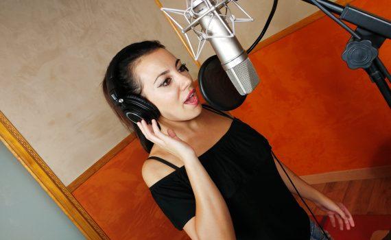 Grabar voces en estudio