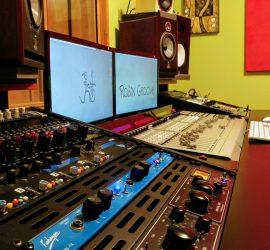 Robin Groove Estudio Grabación Mesa Controladora